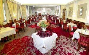 Festive restaurant Kronprinz Rudolph / Hotel Stefanie