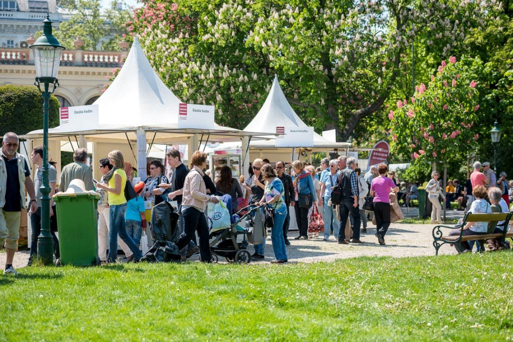 Viennese Genuss Food And Drink Festival May 68 2016 In Stadtpark