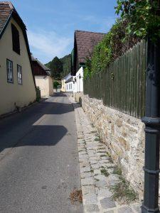 Viennese village life in Sievering